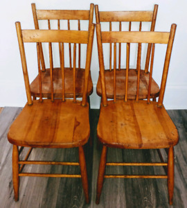 4 Antique BASS RIVER Chairs