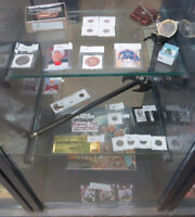Signed Hockey Photos, Coins, Silver Chains, Antiques @ Auction
