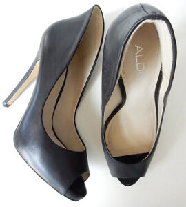 NEW ALDO PEEP TOE PUMPS $20