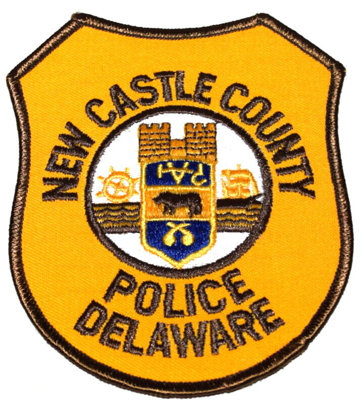 NEW CASTLE COUNTY DELAWARE DE Sheriff Police Patch TALL SAILING SHIP WHEEL ~