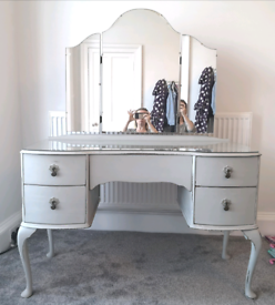 Thistle Furniture Dressing Table