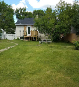Utilities included!! House in Redwater for rent.