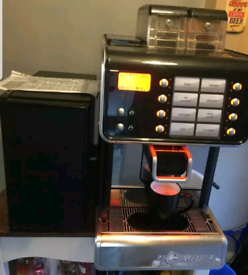 LA CIMBALI Q10 AUTOMATIC BEAN TO CUP COFFEE ESPRESSO MACHINE AND MILK for sale  Leytonstone, London