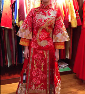 Traditional Chinese wedding red gown tea ceremony
