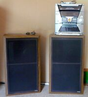 2 LARGE YORX SPEAKERS & RCA STEREO SYSTEM WITH REMOTE