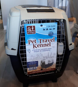 Pet Travel Kennel / Crate