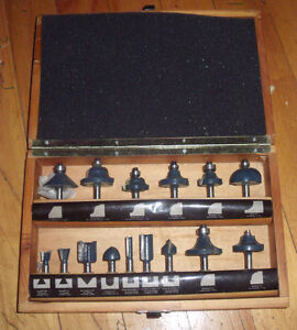 16 pcs Router Bit Set by Mastercraft