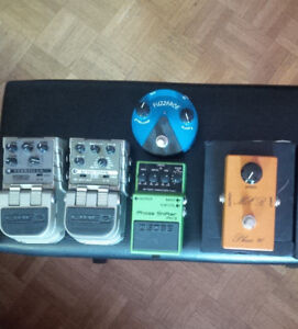 Guitar Effects Pedals: reverb, delay, phase, fuzz
