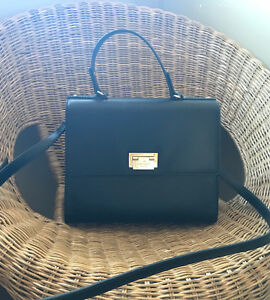Kate spade purse! Black and gold!