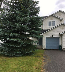3bed End Unit under 275,000 in Orleans