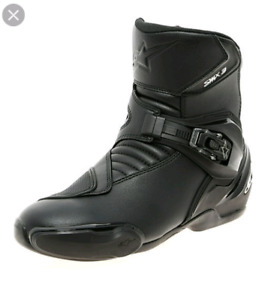 Selling Alpinestar SMX-3 Mid Boots