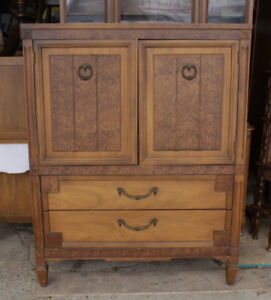 Vintage Chest Of Drawers With 3 Inside Drawers