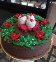 Christmas Chocolate Cheesecake with red velvet troffle balls by