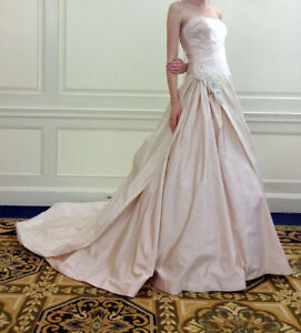 Justina McCaffrey Haute Couture Wedding Gown $500 OBO
