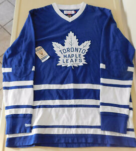 Toronto Maple Leafs Mitchell & Ness Vintage Long Sleeve Sweater