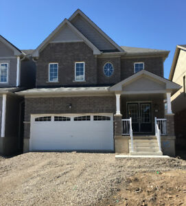 4 BEDROOM DETACHED HOME FOR LEASE - CALEDONIA