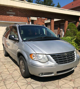 2006 dodge caravan town and country
