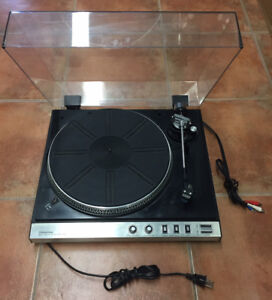 Toshiba SR-F102 Turntable complete with Aurex cartridge