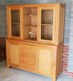 Dresser Display Unit