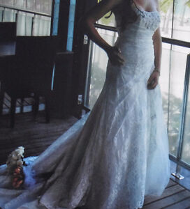 Beautiful ivory strapless wedding dress for sale Windsor Region Ontario image 3