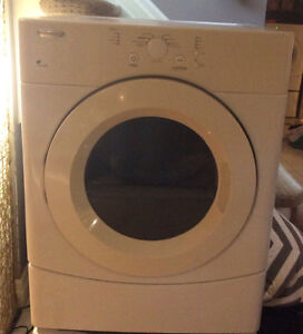 White gas dryer-excellent condition