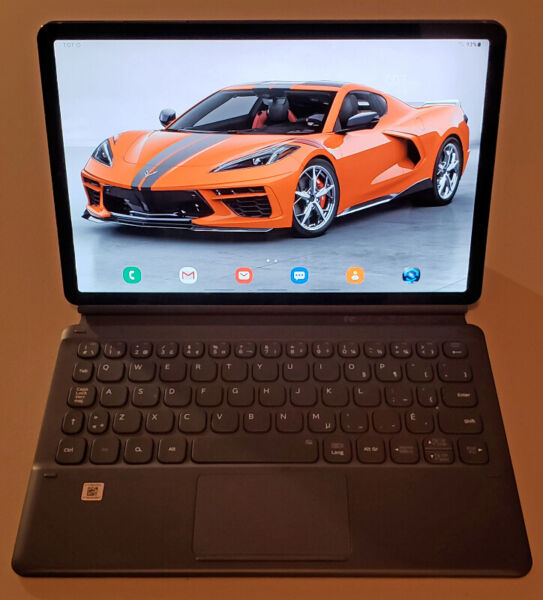 Samsung galaxy tab s6 with cover/keyboard & 2 yr extended warran