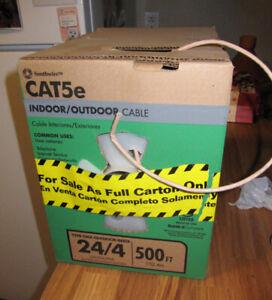 Cable de communication réseau ordinateur CAT5e