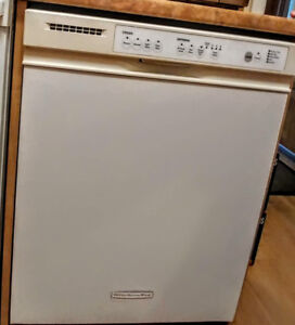 Dishwasher. Great condition