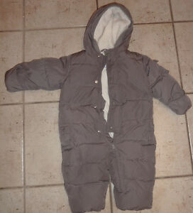 H&M winter coat $ 10, TCP snowpants $ 5 + other, 12 - 18m Kitchener / Waterloo Kitchener Area image 4