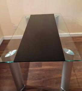 Glass Dining Table with Black Accent