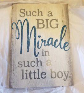 Beautiful picture perfect for a baby shower gift! Brand new!