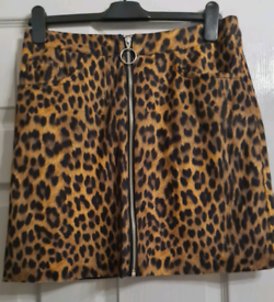 Leopard print skirt suede size 10