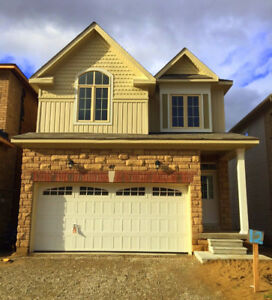 Brand new 2444 sqf house in Angus for rent