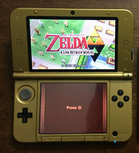 Nintendo 3Dsixl Zelda edition with charger and Games