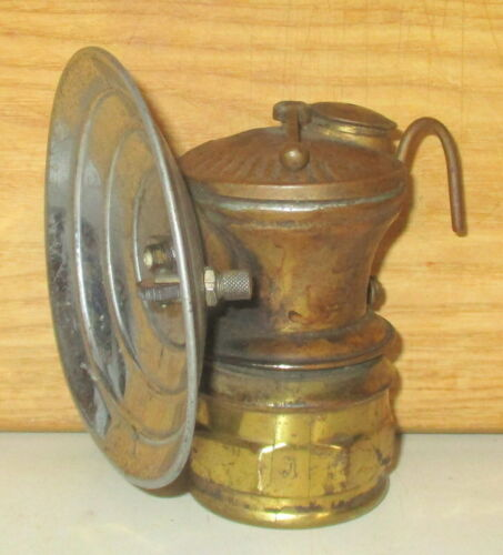 ANTIQUE AUTOLITE CARBIDE BRASS COAL MINER