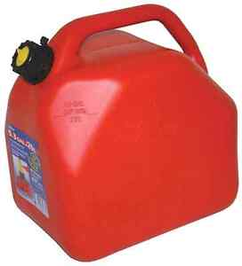 4 - 20L / 5 gallon jerry / gas cans. $50 OBO