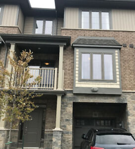 Two Bedroom Townhouse Stoney Creek Close To Lake