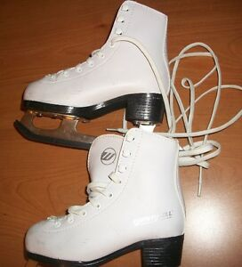 Winwell Size 10 Girls (Children's) Figure Skates