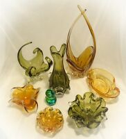 Canadian Chalet Vintage Art Glass