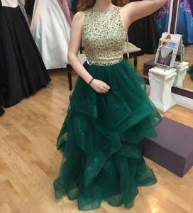 GREEN TWO PIECE PROM DRESS (SIZE 2)