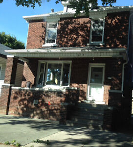 Near the University rooms for rent Windsor Region Ontario image 1