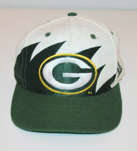 LOGO ATHLETIC NFL PRO LINE GREEN BAY PACKERS SHARKTOOTH SNAPBACK