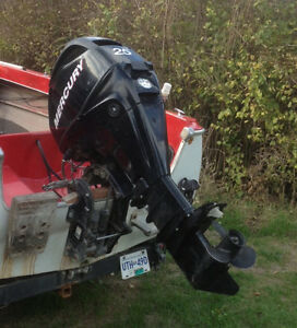 2006 25 horse power outboard Mercury $2,500 OBO