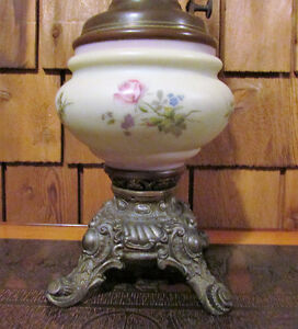 Antique B&H Kerosene Oil Victorian Lamp Converted to Electricity Kitchener / Waterloo Kitchener Area image 2