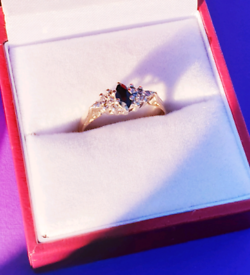 Stunning 9ct Gold Sapphire and Diamond Ring - See Photos and Details