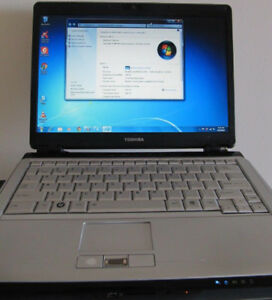 Toshiba Satellite U305 laptop with webcam