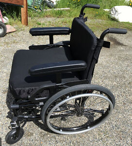 Helio ultralight wheelchair -REDUCED