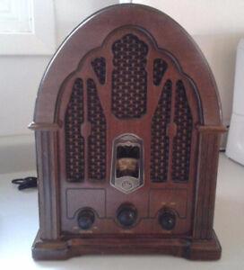 Vintage Cathedral Style GE Radio
