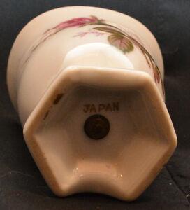 Cigarette lighter in ceramic holder. Kitchener / Waterloo Kitchener Area image 3
