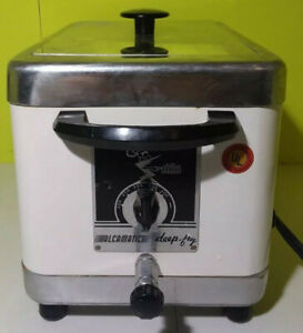 NEW NEVER USED DEEP FRYER AND SLOW COOKER COMBO